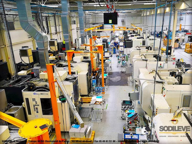 Parc complet de potences triangulees et pont eurosystem dans Industrie SODILEVE